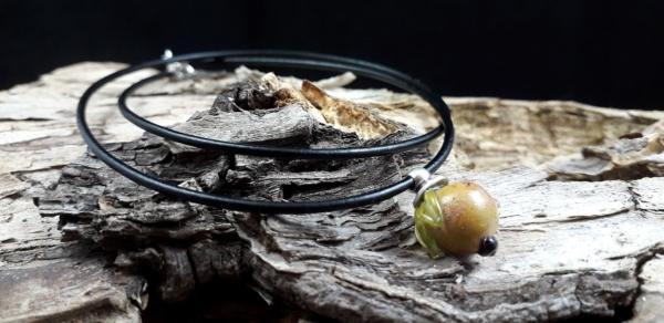 Glasquitte mit Antilopenlederband